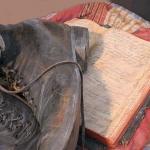 Footsteps of Faith Sculpture - 3